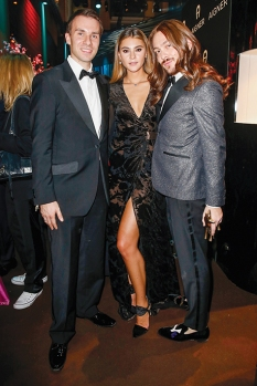 BERLIN, GERMANY - NOVEMBER 16: Kryolan managing director Dominik Langer, Stefanie Giesinger and Riccardo Simonetti pose at the Bambi Awards 2017 party at Atrium Tower on November 16, 2017 in Berlin, Germany. (Photo by Isa Foltin/Getty Images for Kryolan) *** Local Caption *** Stefanie Giesinger;Riccardo Simonetti;Dominik Langer